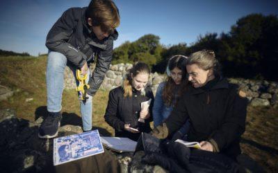 700 unge har valfartet til kirkeruin nær Faaborg